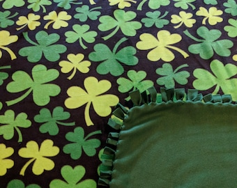 Shamrocks Printed Fleece Tied Blanket