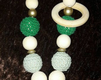 Breastfeeding and Babywearing necklace / green and gold. ring of silicone