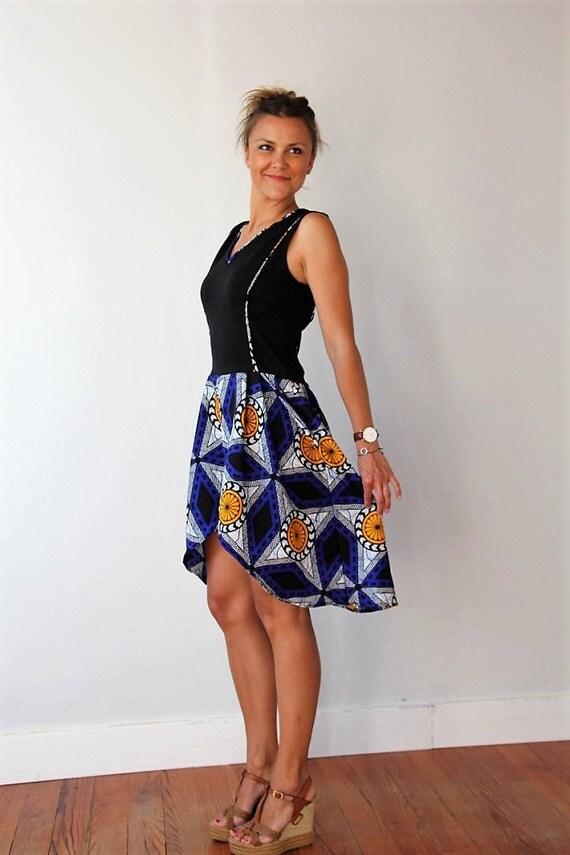 robe pour femme wax motifs africains vas e noire et bleue. Black Bedroom Furniture Sets. Home Design Ideas