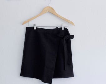 Black Skirt with Tie