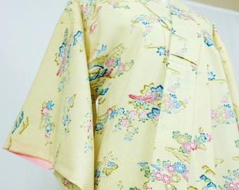 Vintage Silk Blend Kimono Robe - Women's Clothing/silk robe/ivory robe/kimono jacket/dressing gown/boho kimono/coverup/kimono cardigan