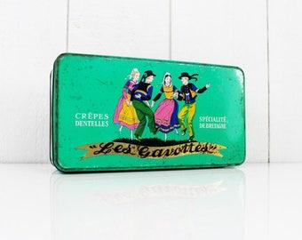 1950s Retro Tin Crepes Denteils Les Gavottes - France, Vintage Tin, Antique tin, Metal tin, Biscuit tin, Collectibles -E180
