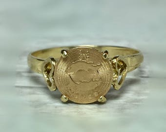 14k Solid Gold Ladies Pisces Ring - Ladies Gold Zodiac Sign Ring - Gold Pisces Ring Zodiac Sign Jewelry - Pisces Gold Jewelry