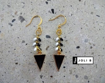 Earrings - black and white herringbone chain