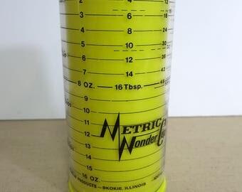 Metric Wonder Measuring Cup, Vintage Metric Wonder Cup, Vintage Two Cup Meauring Cup, Milmour Product Metric Wonder Cup - V227