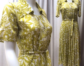 Gorgeous 1940's Rayon Viscose ' Boxfresh '  Chartreuse and Ivory print dress.