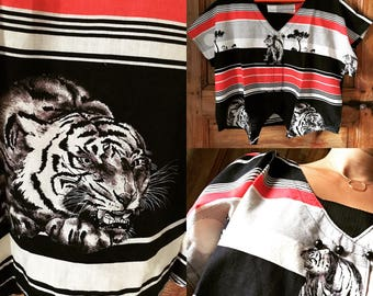 """Vintage 80's top """"The eye of the Tiger"""""""