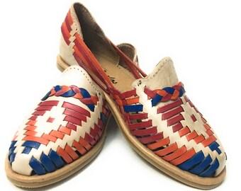 Women's huarache sandals. Mexican leather sandals.