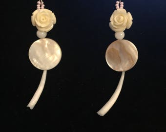 Rose Stone Shell with Dentilum Drop Earrings