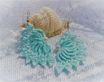 Mint tatting earrings