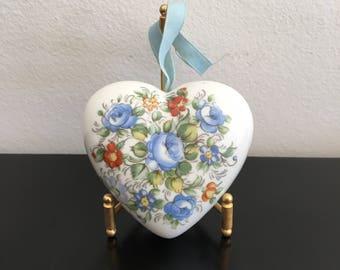 Vintage, Pomander, Ceramic Pomander, English Pomander, Heart Shape, Heart Shaped Pomander,Perfumed Flowers,Pot Pourri,Scented Heart,Perfumed