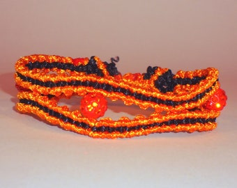 Macrame Bracelet in Orenge and Black