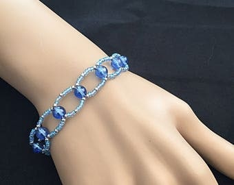 Beaded Circle bracelet. Bridal. Formal.