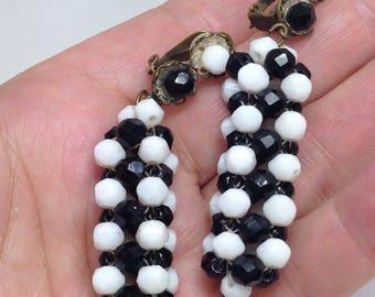 1960s Black & White Dangle Drop Twiggy Carnaby Street Earrings