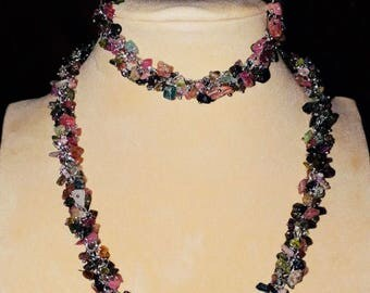 Tourmaline set of necklace, bracelet and earrings
