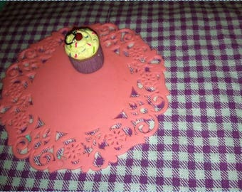 Cupcake Pendant - Vanilla