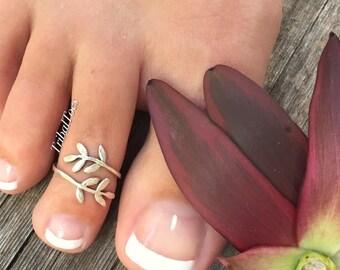 Sterling Silver Toe Ring Leaf