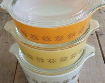Set of 3 Small Pyrex Town and Country Casseroles