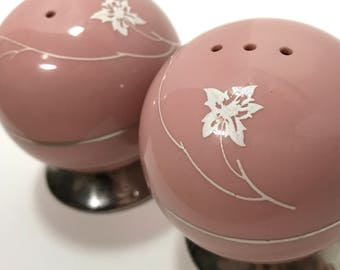 Vintage | Round Salt and Pepper Shakers | ceramic pink and silver tone