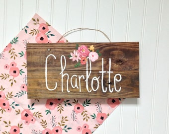 Girl Wood Name Sign /Floral Baby Nursery Room Decor/Wall Sign / Door Sign / Baby Shower Gift /Personalized Gift/ Reclaimed Wood/Shabby Chic