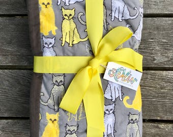 Cat print flannel quilt with trim for baby or child, warm cat blanket, baby gift yellow and gray cat blanket, gift for cat lovers,