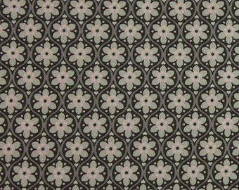 Julia - Solid Flower in Grey & Pink Wide Fabric Fat Quarter