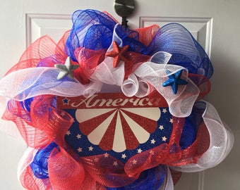 America Deco Mesh wreath