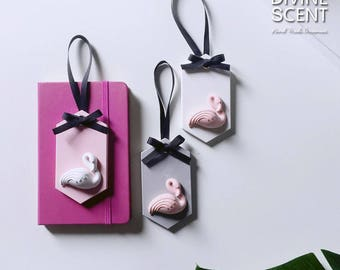 Happy flamingo - Plaster air freshener / Plaster diffuser / home and car fragrances / home decor / ornament / flamingo