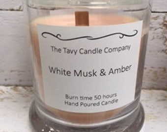 White Musk and Amber Scented Jar Candle