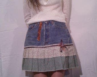Short skirt in denim and cotton