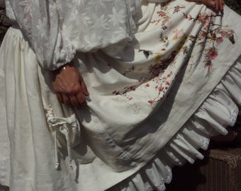 Lubilines creating large shabby patterns and lace ruffle skirt belt you smock