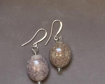 Stone bead natural beige earrings