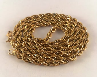 Monet 1970s gold tone twisted rope 30 inch chain necklace