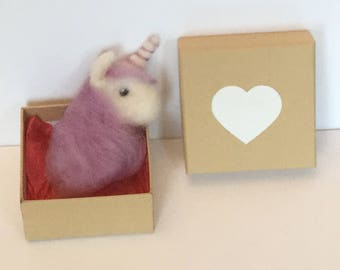 Handmade Lilac/ Lavender Needlefelted Unicorn brooch