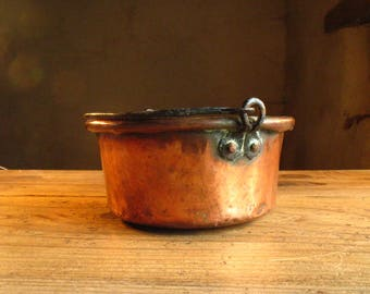 Red copper Cauldron, French, hammered, mid 19th century