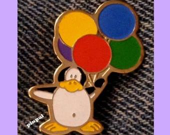 Freddy Penguin with Balloons Brooch Pin ~ Chewie Newgett Company by Stewart Moskowitz ~ 1982 Vintage