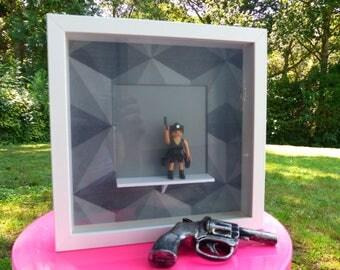 """Frame Playmobil """"Lara Croft"""""""