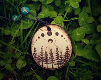 Pyrography Magic moon phase necklace. Moon lovers jewelry forest. Forest witch jewelry Moon necklace pyrography. Forest magic moon jewelry