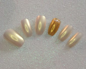 READY TO SHIP * Gold & Lemon Press On Nails * Fale Nails * False Nails