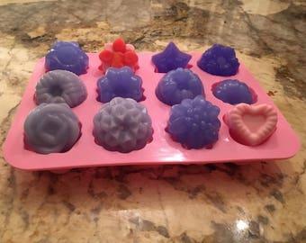 Set of 12 Mini Soaps