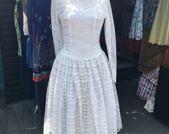 Sale 1950s wedding dress . Handmade