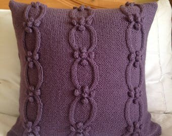 Hand knit cushion cover