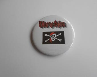 Pirate badge 58mm with the saying (Shiver Me Timbers)