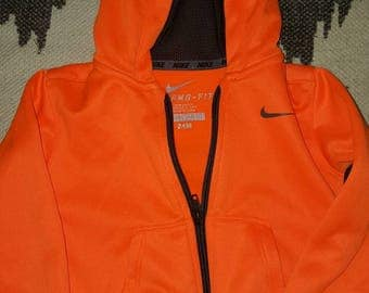 24 month. Nike Therma-fit Hoodie FREE U.S. SHIPPING