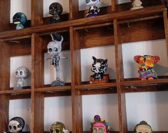 Custom skulls created from different technical mould in plaster and resin, customize to your liking