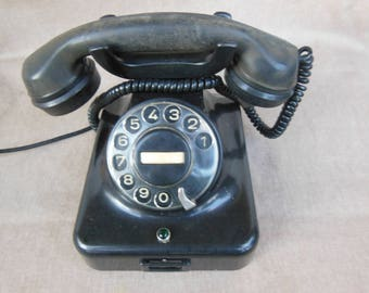 Vintage black bakelite phone, 1960's black bakelite Siemens telephone