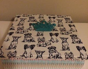 Deluxe fabric dog box