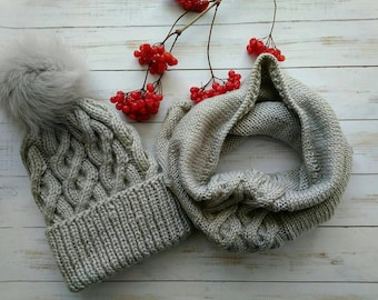 Knitted Set Hat and Scarf, Christmas Gift for Wife, Women Gray Knitted Set, Knit Hat and Snood, Winter Knit Set, Pom Pom Hat Chunky Knit Set