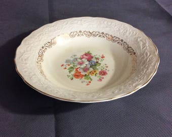 Vintage Stetson Warranted 22 kt Gold Trimmed Soup Bowl Multicolored Floral China 636R Made in USA