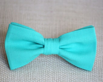 Mint blue bow tie, mens bow tie, mint boy's bow tie, wedding bow tie, groomsmen bow tie, groom bow tie, ring bearer bow tie